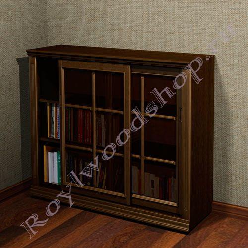 Книжные шкафы со стеклянными дверями - главная идея.